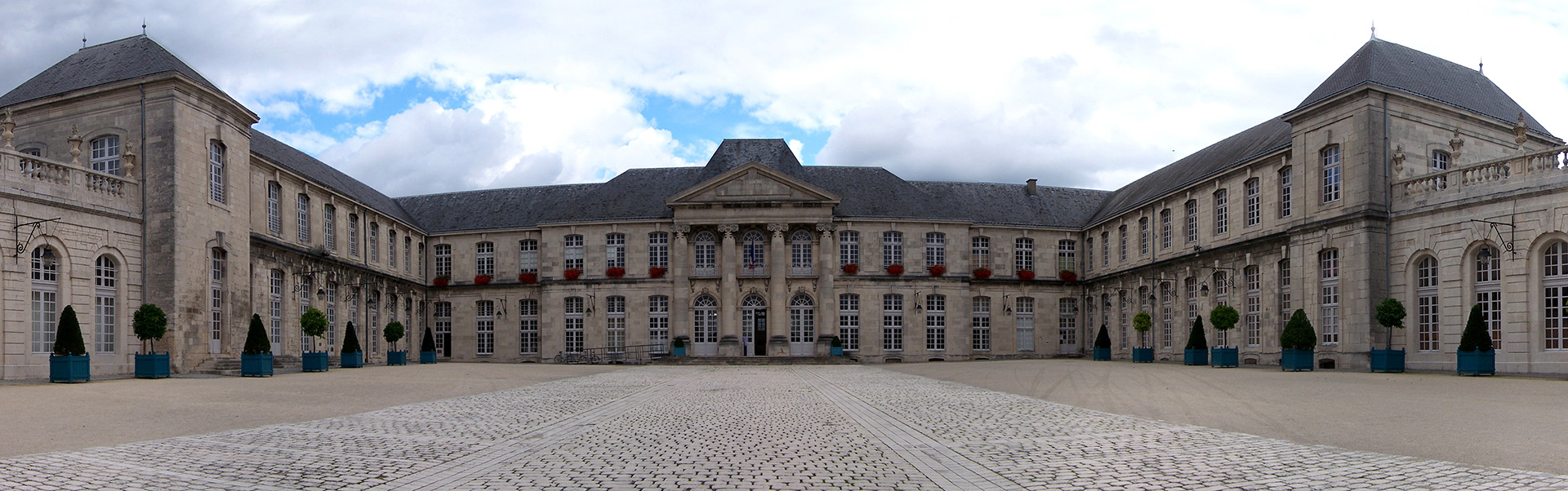 Commercy Château 1